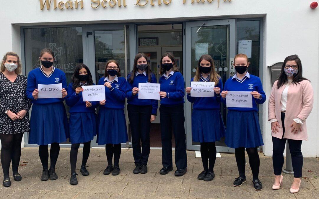 Students give donation to St Vincent de Paul