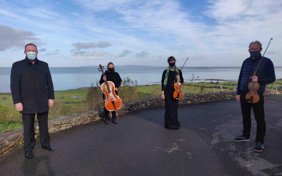 Killarney residents enjoy COVID Care Concerts