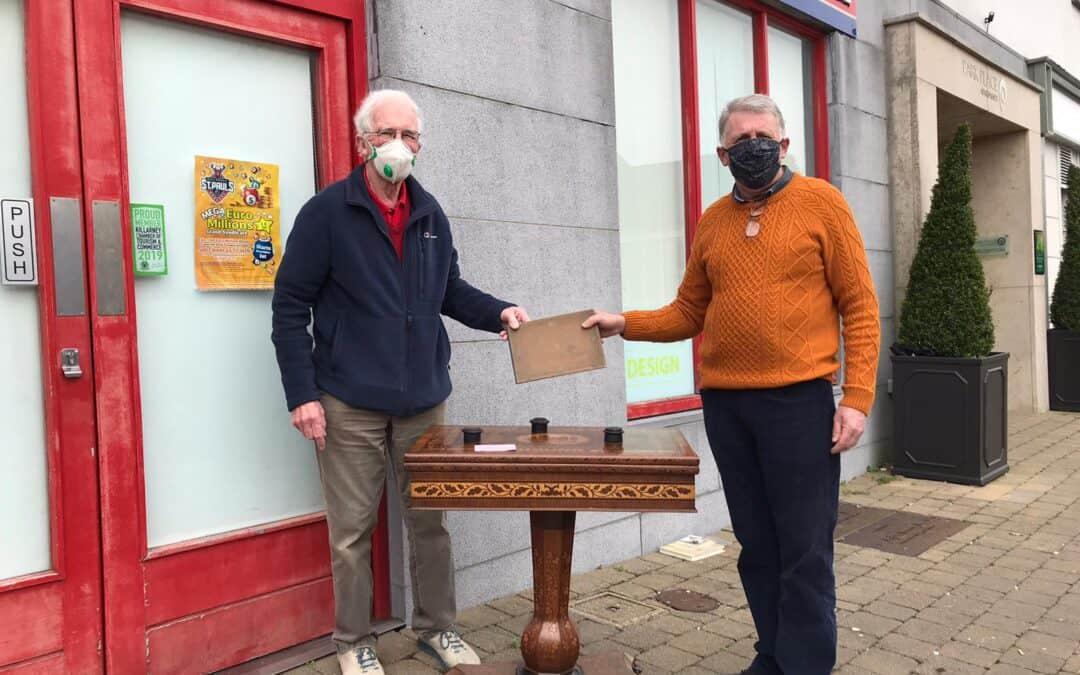 Advertiser reunites two antique collectors