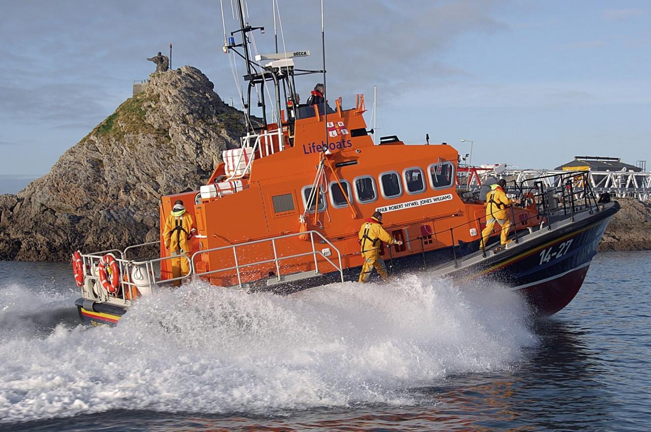 0207648_fenit_lifeboat_SM.JPG